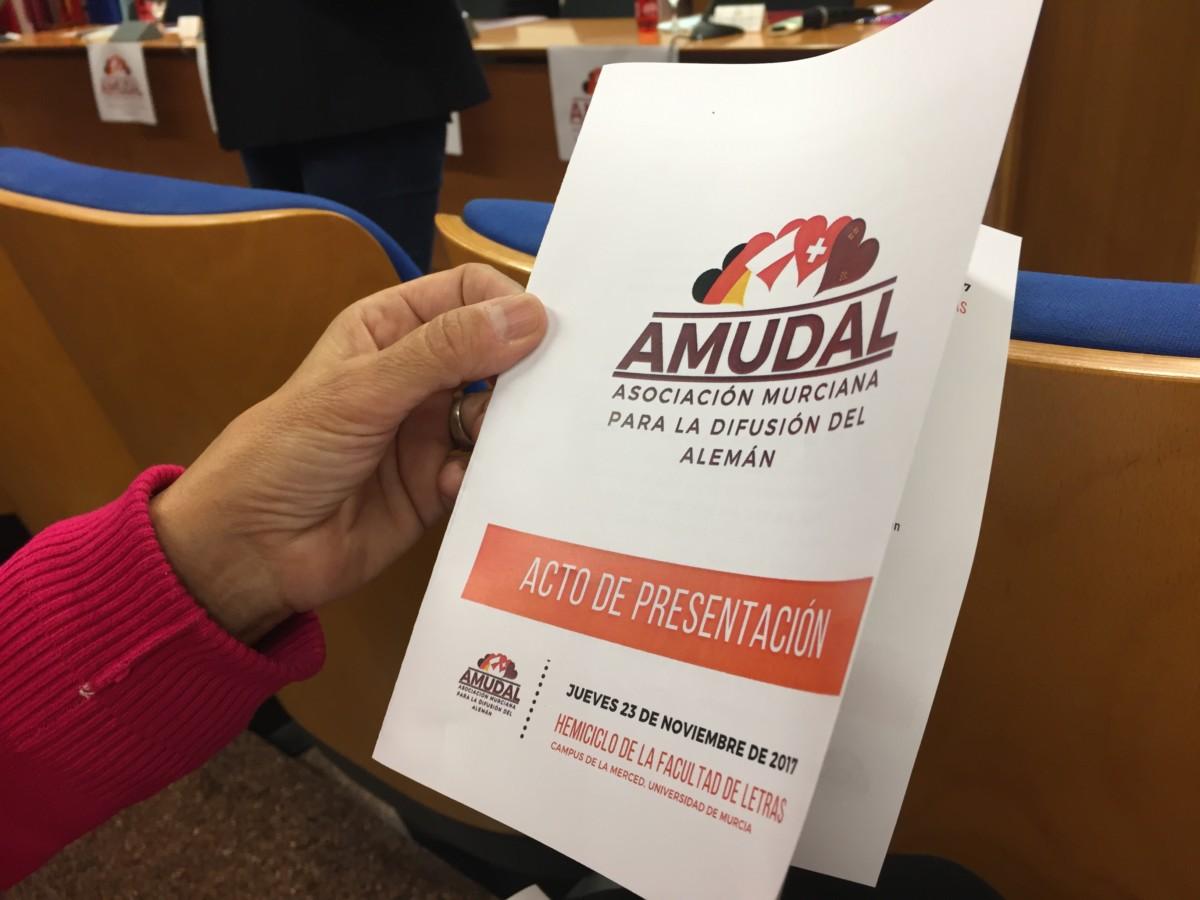 Presentación de AMUDAL